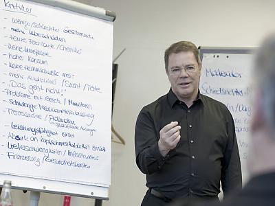 """Rhetor Programmbild Vortrag """"Die 3 Säulen einer werteorientierten Rhetorik"""""""